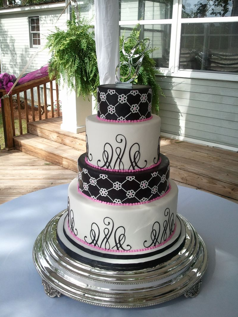 Black, white, and pink cake 2